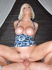 Hot big tits tammy gets her milf pussy picked up then taken back to the pad for some hot cock sukin cock riding cum splattering sex bonanza