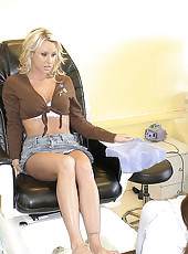 This super hot milf gets herself pamperd at the salon then back at home as she gets a facial in these hot pics