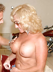 Thick blonde milf gets comfortable with cock and takes it well