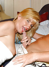 Awesome blonde mom loves to suck cock and bet banged