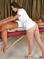 Hoto chiro doctor babe sucks on a hard cock then gets her pussy nailed in these hot doctor office fucking reality porn pics