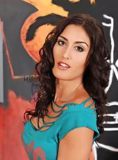 Sexy babe Sara Class masturbating