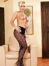 Blonde Cindy Dollar in hot lingerie