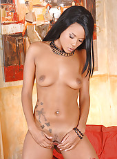 Hot Keisha Kane fingering in latex
