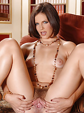Sexy babe Bobbi Starr stripteasing