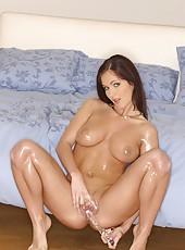 Vanessa oiled up for masturbation