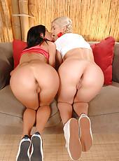 Teeny lesbians getting hot & horny
