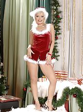 Blond babe Maya is a horny Xmas elf