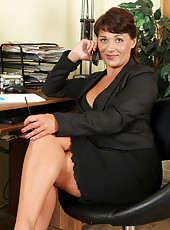 38 years old and curvy Belle P from AllOver30 spreads on the chair