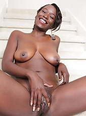 Ebony Spreading