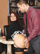 Hot brunette worker Jessica Ryan fucks one of her fellow coworkers.