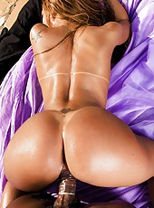 Watch this hot fucking big tits brazilian in a yello bikini get fucked hard in her tight brazil ass hot pics