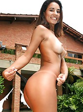 Super hot sexy nandi waits for the bus but gets her brazilan ass picked up for some hot amateur fucking