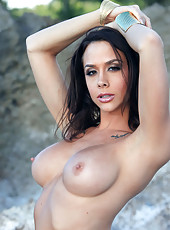 Chanel Preston solo on the beach