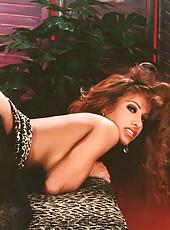 Gina Lynn strips and dildo plays