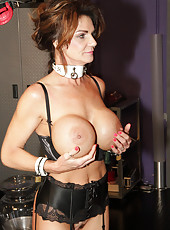 Deauxma with Nina Hartley