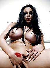 Audrey Bitoni stark raving horny
