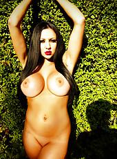 Audrey Bitoni outdoor nudity