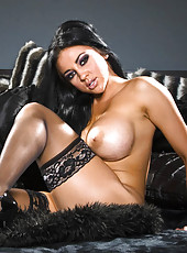 Sexy Audrey Bitoni takes it all off.