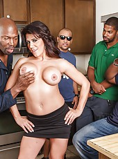 Sexy milf pornstar Leena Sky prefer big black dicks