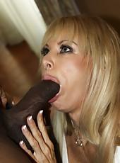Sexy hot mom Jennla Moore hard fucked by huge black dude