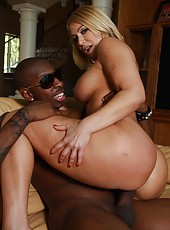 Big round ass blonde Mellanie Monroe ride huge black cock