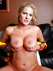 Dangerous blonde milf Zoey Holiday fucks like a crazy an hot slut
