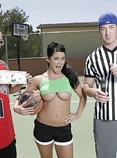 Horny sport girl Savannah Stern opens her mouth and gives a very crazy blowjob