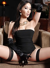 Passionate brunette milf Katsuni shows her great ass and sexy body