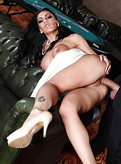 Sexy girl Honey Demon fucks like a crazy whore with her new fucker
