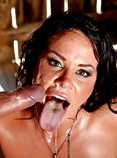 Perfect milf Savannah Stern seduces big cock in her own sauna