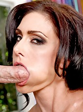 Slender milf with model-quality forms Jessica Jaymes takes dick in her wet holes