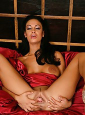 Fascinating and glamorous mistress Angelina Valentine spreads her alluring holes