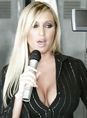 Blonde milf Memphis Monroe is ready to suck a hot dick in the locker room