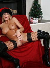 Horny bitch Brooke Belle undresses her sexy lingerie and masturbates