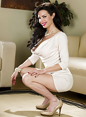 Elegant and splendid brunette lady Veronica Avluv takes off her beautiful lingerie