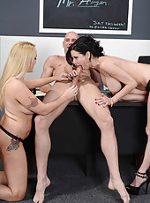 Alana Evans and Veronica Avluv seduce their ex classmate and get in the asses