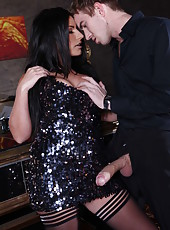 Brunette milf with curvaceous forms Tara Blows fucks with lucky boyfriend