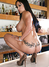 Exquisite brunette with big boobs Jewels Jade shows every nook of her body