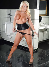 Luxury blonde milf Alura Jenson spreads her alluring shaved pussy