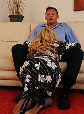 Busty blonde milf Aiden Starr got in her trimmed pussy