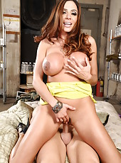 Fantastical bombshell with big treasures Ariella Ferrera got a hard dick