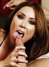 Curious babe Kianna Dior making an awesome blowjob and getting pounded