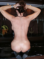 Kinky mature Deauxma using big tits and trimmed pussy to please you