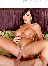 Hardcore threesome fuck with horny girls named Jennifer White and Lisa Ann