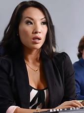 Amazing Asian babe Asa Akira takes all his jizz on her gentle tongue