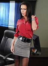 Unforgettable milf Kirsten Price become hot and horny right in the office