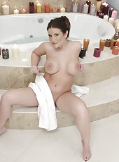 One of the most delicious milfs - Austin Kincaid poses naked in her bathroom
