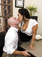 Asian secretary Asa Akira takes her boss best friend
