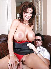 Busty brunette mommy Deauxma gets her neighbor